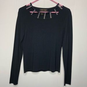High Point top w/embellished rhinestonesSize small